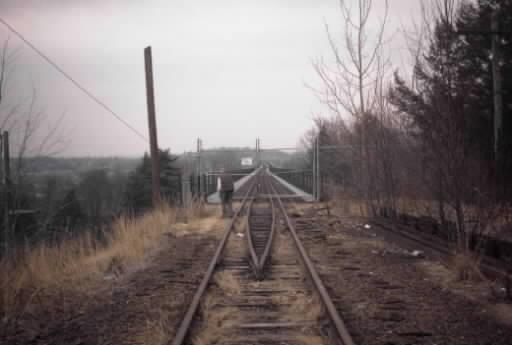 bridgeblockedwest03